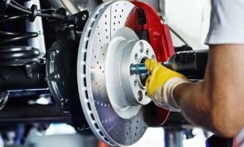 Imagem ilustrativa da oferta de Troca total do fluido de freio + análise e diagnóstico dos sistemas de segurança do veículo: